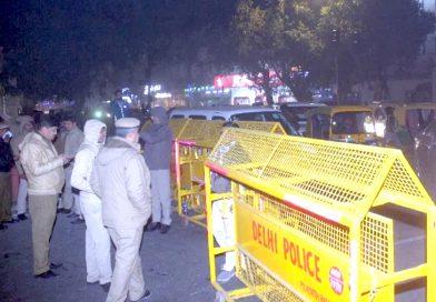 खान मार्केट में पाकिस्तान जिंदाबाद के नारे लगे, 3 लड़कियों समेत 6 को पुलिस ने हिरासत में लिया